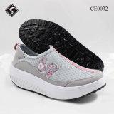 Shake ботинок спортов женщин обувает вскользь ботинки