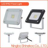 El negro blanco 10W adelgaza luces de inundación del LED