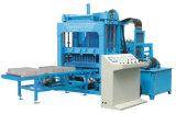 Vibration hydraulique de taille moyenne et de la ligne de production automatique machine de formage de briques