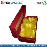 金のリボンが付いている宝石箱のペーパーギフト用の箱