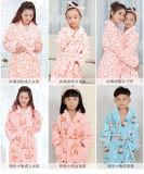 Robes longues de corail de l'hiver de peignoir de flanelle de Parent-Enfant