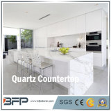 台所部屋のための人工的な石造りの白い水晶カウンタートップ