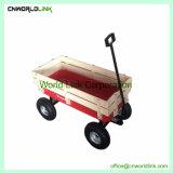 La mano de madera del terreno de la herramienta de jardín de empujar el carro remolque plegado