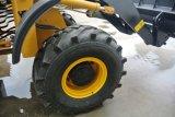 Una mini cargadora de ruedas de varios articulados ZL16