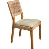 ホテルの寝室の家具は田園ホテルの椅子B02-9をセットする