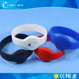 Modifica impermeabile dei Wristbands del silicone RFID di NFC per ginnastica/sosta dell'acqua