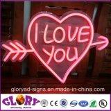Néon mou décoratif au néon du signe RVB de la forme DEL de coeur