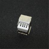 주름을 잡는 똑바른 플랜지 이중 층 PCB 마운트 USB 연결관