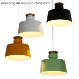 Leuchter-Beleuchtung, die hängende Lampe mit sechs Farben für Dekoration hängt
