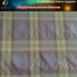 標準的な格子縞、ポリエステルナイロンヤーンによって染められる小切手ファブリック