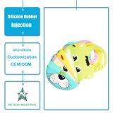 Os produtos personalizados da borracha de silicone Waterproof o molde Washable do Pinafore do bebê