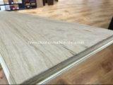 plancher large non fini de chêne blanc de planche d'épaisseur de 18mm