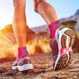 발은 남자 & 여자 의 하이킹을%s 중대한 발뒤꿈치 신발 바닥에 넣는 받침판 발목 양말을%s 최고 발바닥 Fasciitis 압축 양말을 소매를 단다