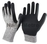 Набивку из пеноматериала с покрытием Hppe Nmsafety нитриловые перчатки устойчивые к резки