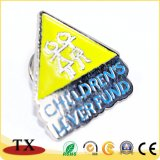 Les enfants du fonds de foie de badges métalliques personnalisées