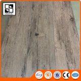Revêtement de sol en plastique en bois Plancher en PVC