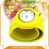 Horloge van het Silicone van het Ontwerp van Customier het Rubber