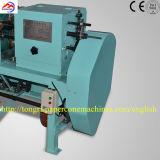 Exécution de /Easy de coût bas/tube de papier automatique tournoyant et collant la machine