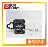 Taza de cerámica con la maneta en forma de corazón de la taza del arte de Qlb004