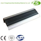 Cheiro liso de alumínio antiderrapagem da escada da curvatura da proteção da segurança
