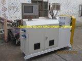 Plastikverdrängung-Maschine für die Herstellung von Kurbelgehäuse-Belüftung verdrehte verstärkte Rohrleitung