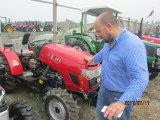 25HP 30HP 40HP 45HP landwirtschaftlicher Minibauernhof-Traktor mit Cer-Vorderseite-Ladevorrichtung/Pflüger