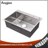 Напряжение питания на заводе Hing переполнение водой высокого качества кухня раковиной из нержавеющей стали