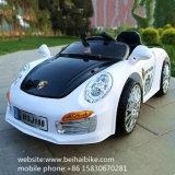 El plástico caliente de la venta embroma el coche eléctrico del juguete