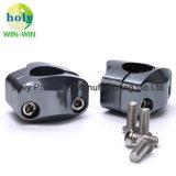 CNCのオートバイのハンドルバークランプのための機械化アルミニウム金属部分かアクセサリ