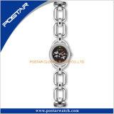 Klee-Eleganz-Dame-Armband-empfindliche schöne Form-Uhr