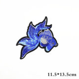 Kundenspezifische Stickerei-Änderung am Objektprogramm billig Eisen-auf Kleid gesponnenem Abzeichen für Kleider