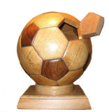 純木によってなされるフットボールのギフト