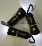 Distributeur de lumière LED en plastique PET avec un chien sac de déchets /lampe de poche Sac de merde de chien