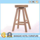 Barstool di legno classico per la mobilia dell'hotel