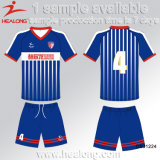 Uniforme poco costosa di calcio di nuova sublimazione su ordinazione di disegno degli uomini della squadra