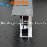 Het poeder bedekte het Uitgedreven Aluminium van de Profielen/van de Vensters en van de Deuren van het Aluminium met een laag