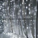3X2m 110V LEDのクリスマスの結婚式の装飾のカーテンライト
