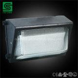 Luz del paquete de la pared de la luz IP54 80W LED de la pared de la eficacia alta para el uso al aire libre