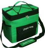 Praia isolada verde saco de refrigeração com alça a tiracolo ajustável