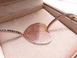 큰 심혼 모양 로즈 여자를 위한 석탄을%s 가진 금에 의하여 도금되는 팔목 팔찌