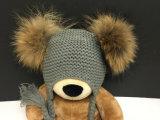 中国のアライグマの毛皮POMの編む帽子の帽子の記憶装置販売法の帽子
