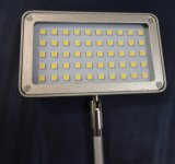 Proyector rotativo del casquillo LED de la lámpara de 360 grados