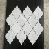백색 Carrara 대리석 손전등 모자이크 타일 베니어