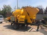 ポンプを搭載する高品質15m3/H容量の移動式具体的なミキサー