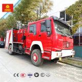 거품 탱크 2000L Sinotruk HOWO 6cbm 거품 또는 물 화재 싸움 트럭