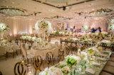 Modernes Ereignis-Hochzeits-Rosen-Goldmetallleder-Bankett, das Stuhl speist