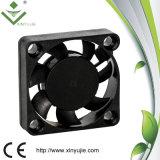 Utilisation sans frottoir de ventilation de ventilateur de refroidissement de C.C de la vitesse 3007 30mm 12V 24V pour le masque épuré