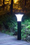 Lampe LED solaire pelouse
