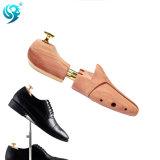 自然なヒマラヤスギの木製の物質的な靴の心配をカスタム設計しなさい