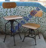 レストランの庭の居間の椅子を食事する産業トレドBarstools